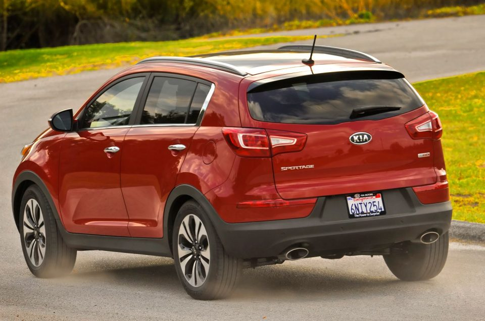 Kia Sportage chassis worked high